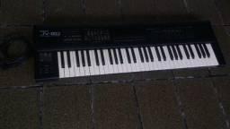 Teclado Roland JV80 + Hardcase