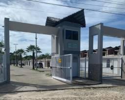 Duplex no eusébio com 3 suites com terrenão em rua privativa