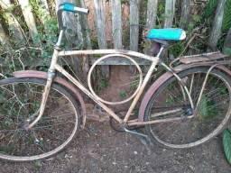 Bicicleta antiga rei Pelé 1966 para restauro