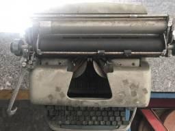 Máquina escrever para colecionador