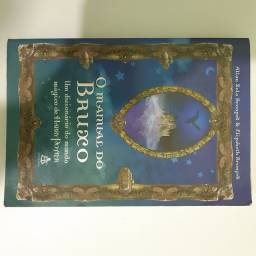 Livro O manual do bruxo (Harry Potter)