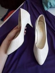 Título do anúncio: Sapato social branco SEMI NOVO