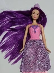 Boneca Barbie cabelo longo roxo
