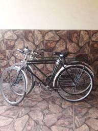 Duas bicicletas goricke
