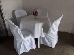 Toalhas e capas de cadeiras