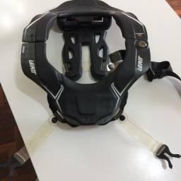 Protetor Cervical Leatt Brace GPX 6.5 Carbon