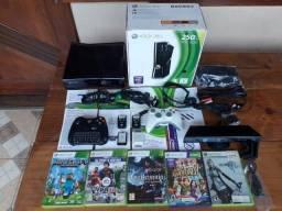 Microsoft Xbox 360 Slim 250gb Standard Cor Glossy Black