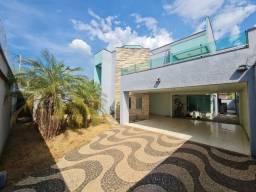 Título do anúncio: Sobrado com 3 Suítes à venda, 406 m² por R$ 850.000 - Plano Diretor Sul - Palmas/TO