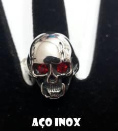 Anel Aço Inox Caveira Cranio Olhos Vermelhos