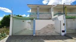 Alugo casa em Monteiro com 04 Quartos todos suite