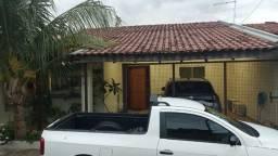 Linda Casa Condomínio Arara Azul Jardim Tijuca com Piscina