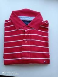 Camisa polo Tommy vermelha com listras brancas tamanho grande
