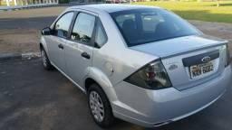 Fiesta sedan 1.6 modelo 2012 aceito financiamento - 2011