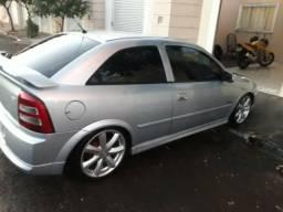 Vendo Astra 05/06 completo +couro - 2005