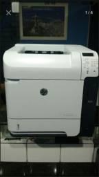 Vendo impressora hp 600 de grande volume de impressão