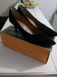 Vendo lindo scarpam semi novo