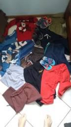 Lote roupas e sapatos menino 3/4 anos