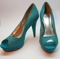 Sapato azul 37