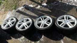Rodas 17 pneus 205/40 ótimos torro 1300$