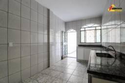 Casa Residencial para aluguel, 3 quartos, 1 vaga, Santa Luzia - Divinópolis/MG