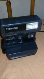 Máquina fotográfica Polaroid (Relíquia)