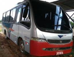 Vendo Micro-ônibus