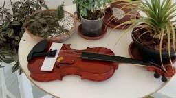 Vendo violino 3/4 marca vogga