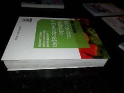 Kit livros Nutrição (Novíssimo Estado)