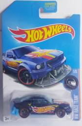 Hot wheels Ford Mustang TH Super T-hunt