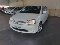 Toyota etios 2016 hatch