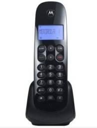 Título do anúncio: Telefone moto 700
