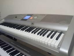 Piano Yamaha DGX 305 Imperdível