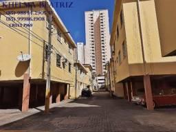 Apartamento, 2 quartos (1 suíte), dce, varanda, 1º andar (escada), Benfica