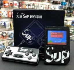 Super Game Retrô com 400 Jogos na Memória SUP 400 +<br>Controle