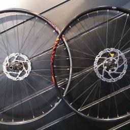 Roda Boost MTB aro 29 shimano nova.