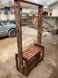 Título do anúncio: Arara de madeira de demolição