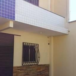 Apartamento com três dormitórios próximo a Jodibe