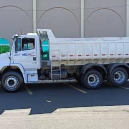 Título do anúncio: Caminhão Caçamba 1620 Mb