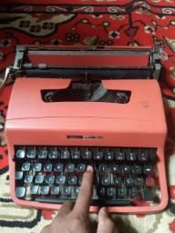 Datilografia maquina de escrever