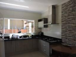 Casa à venda com 3 dormitórios em Morumbi, Aracatuba cod:V5777