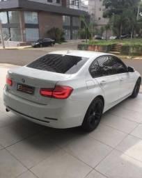 Vendo BMW 320 i turbo - 2017
