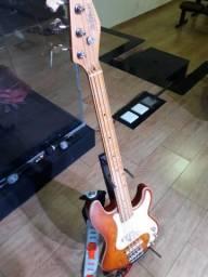 Contra baixo St. Blues modelo King Blues Bass