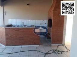 Sobrado com 4 dormitórios para alugar, 298 m² por R$ 3.000,00/mês - Jardim Brasília - Araç