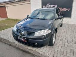 Megane Sedan 1.6 Flex 2011