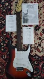 Guitarra modelo strato marca ION trazida dos EUA