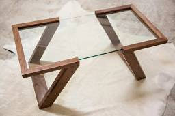 Móveis e mesa para a sua casa!
