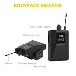 Microfone sem fio - um receptor + dois transmissores