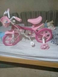 Vendo bicicleta nova aro 12