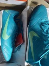 Tenis chuteira Nike