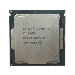 I5 8400 2.8 GHz / 4 GHz - Número de núcleos: 6 - Nº de threads: 6